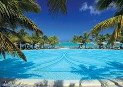 Paradis Beachcomber - Le Morne - Pool