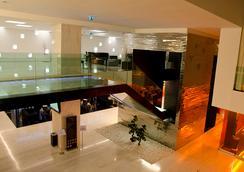 Vip Grand Lisboa Hotel & Spa - Lisbon - Lobby