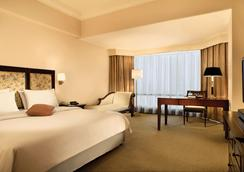 Lumire Hotel and Convention Center - Jakarta - Bedroom