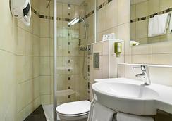 Quality Hotel du Nord Dijon Centre - Dijon - Bathroom