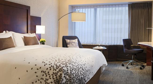 Renaissance Seattle Hotel - Seattle - Bedroom
