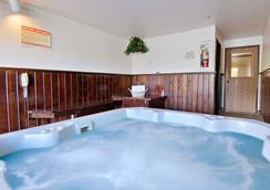 Fairbridge Inn & Suites Sandpoint - Sandpoint - Gym