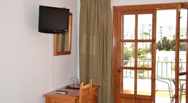 Hotel Jose Cruz - Nerja - Bedroom