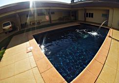 Hostel Saint Patricks - Foz do Iguaçu - Pool