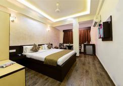 Hotel Ashish Palace - Agra - Bedroom