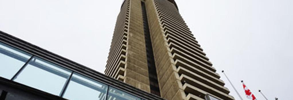 Empire Landmark Hotel - Vancouver - Building