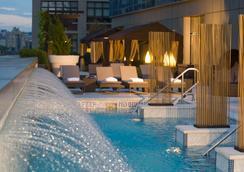 Jet Luxury @ The Dominick - New York - Pool