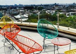 Fairfield Inn and Suites by Marriott New York Brooklyn - Brooklyn - Patio