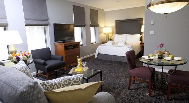 The Manhattan Club - New York - Bedroom