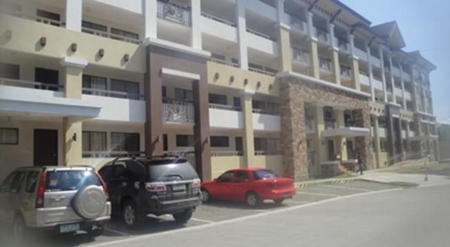 The Oasis Davao Condotel - Davao City - Building