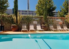 Travelodge Seattle By The Space Needle - Seattle - Pool