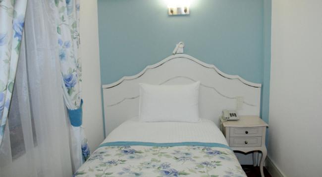 Hotel Limani - Canakkale - Bedroom