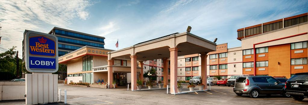 Best Western at O'Hare - Rosemont - Building