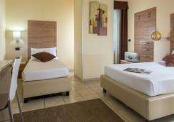 Hotel Domidea - Rome - Bedroom