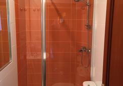 Hotel Amárica - Vitoria-Gasteiz - Bathroom