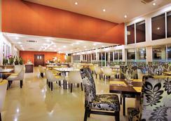 Aston Bogor Hotel and Resort - Bogor - Restaurant
