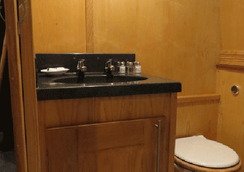 Houseboat Hotels - Hotel boat - Sheffield - Bathroom