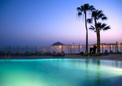 Hotel Kn Arenas del Mar - El Médano - Pool