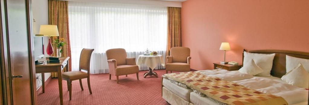 Hotel Terra Nova - Baiersbronn - Bedroom