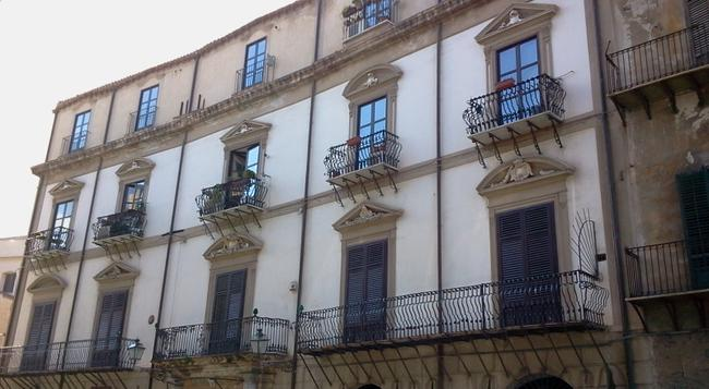 B&B Solemare - Palermo - Building
