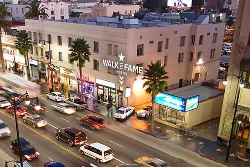 Walk of Fame Hostel - Los Angeles - Building
