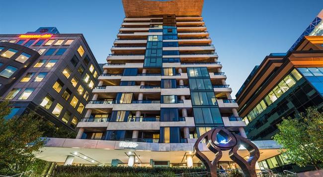 Mantra St Kilda Road - Melbourne - Building