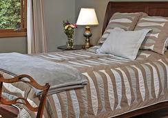 Meritage Meadows Inn - Redmond - Bedroom