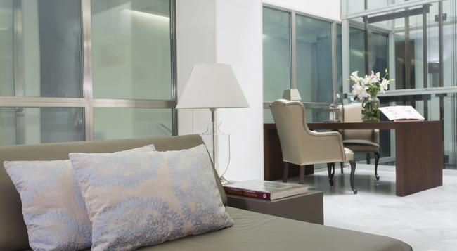Hotel Internacional Ramblas Cool - Barcelona - Bedroom