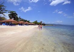 Sunscape Splash Montego Bay - Montego Bay - Beach