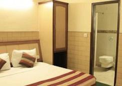 Hotel S.P.B 87 - New Delhi - Bedroom