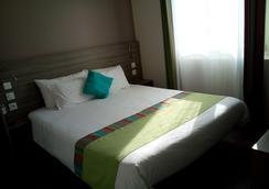 Hotel Le Majestic - Canet-en-Roussillon - Bedroom