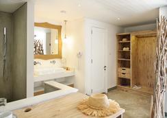 Zilwa Attitude - Calodyne - Bathroom