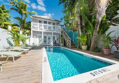 Key West Hospitality Inns - Key West - Pool