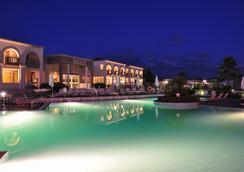 Arta Palace - Arta - Pool