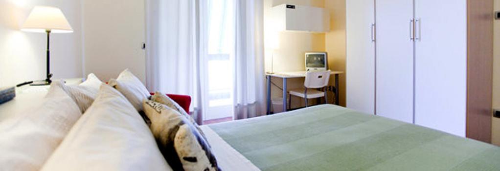 Rooms Rent Vesuvio Bed & Breakfast - Naples - Bedroom