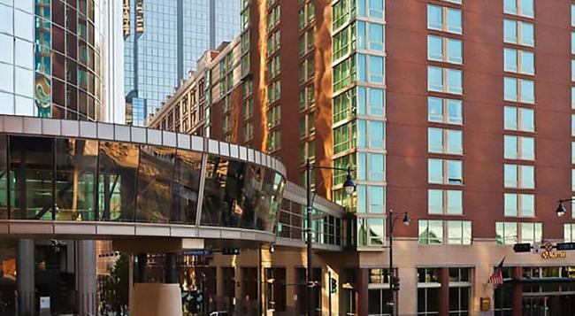 Kansas City Marriott Downtown - Kansas City - Building