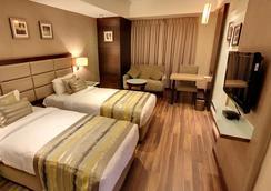 Hotel Krios - Ahmedabad - Bathroom
