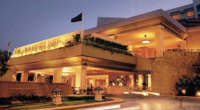 JW Marriott Mumbai Juhu - Mumbai - Building