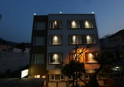 Green View by One Hotels - Rishikesh - Outdoor view