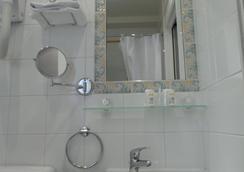 Hôtel Du Parc Montsouris - Paris - Bathroom