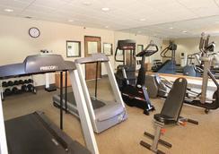 Meadowlands River Inn - Secaucus - Gym