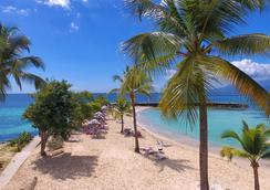 La Creole Beach Hôtel & Spa - Le Gosier - Beach