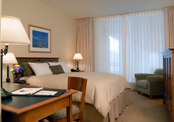 Charles F Knight Executive Education Center - St. Louis - Bedroom