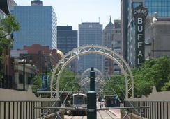 Courtyard Buffalo Downtown / Canalside - Buffalo