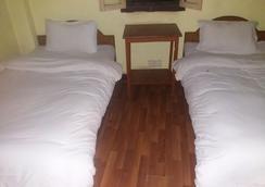 King's Land Hotel - Kathmandu - Bedroom