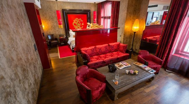 Buddha-Bar Hotel Prague - Prague - Building