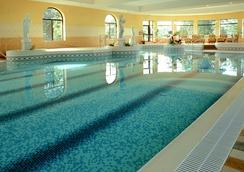 Castlecourt Hotel, Spa & Leisure - Westport - Pool