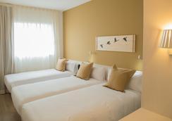 B&b Hotel Viladecans - Viladecans - Bedroom