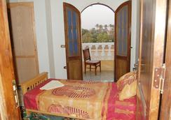 Sakkara Inn Hotel - Cairo - Bedroom