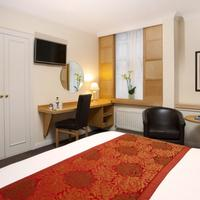 Strand Palace Hotel Guest room